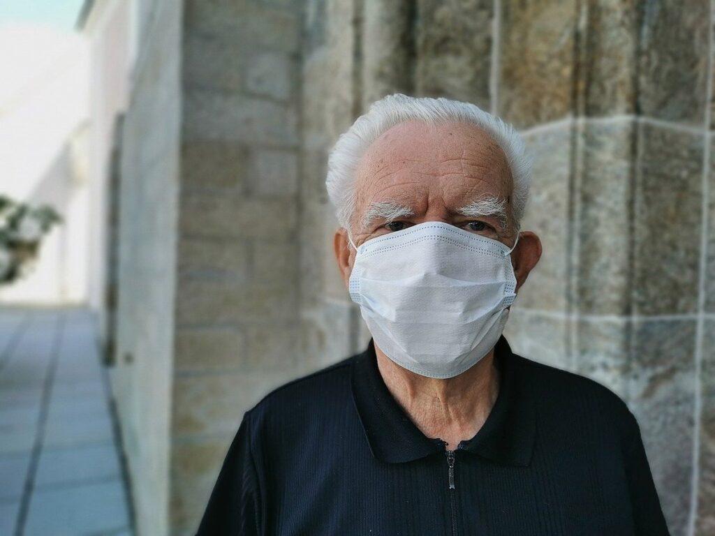 Warsztaty dla seniorow odczuwajacych skutki pandemii